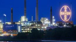 Bayer-Aktionäre schießen sich auf Aufsichtsrat ein