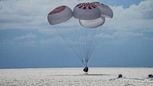 Weltraumtouristen sicher gelandet