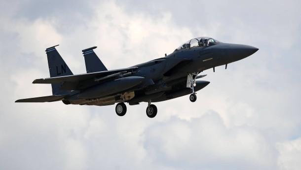 Passagiermaschine laut Iran von Kampfflugzeugen bedroht