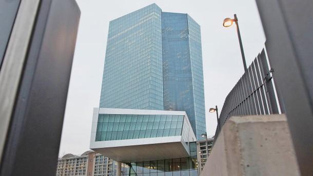 Deutsche-Bank-Chef Sewing ist die Regulierung leid