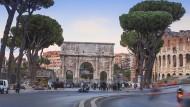 Der neue Quell der Euro-Sorgen:Blick auf das Kolosseum in Rom