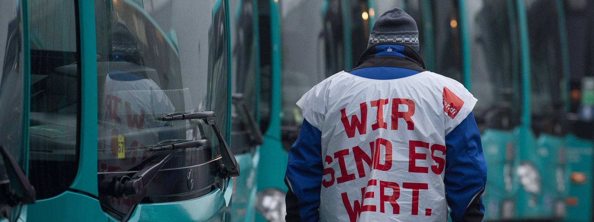 Weitere Warnstreiks von Busfahrern drohen