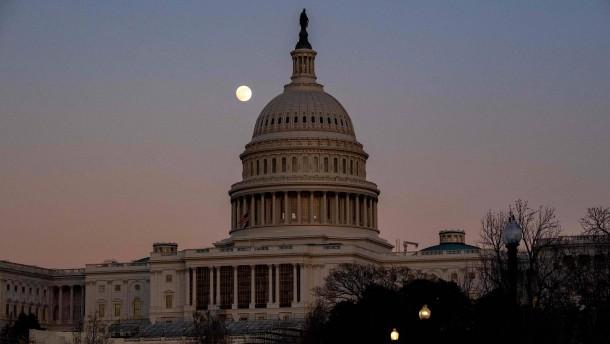 Repräsentantenhaus weist Trumps Veto zurück