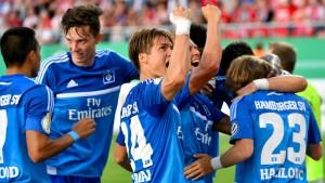 Hamburg quält sich in Runde zwei