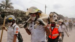 Viele Vermisste nach Vulkanausbruch