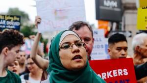 Trump senkt Obergrenze für Flüchtlinge auf 45.000