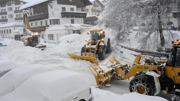 Halb Österreich ist eingeschneit