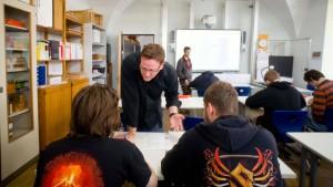 Frankfurt ordnet berufliche Bildung neu
