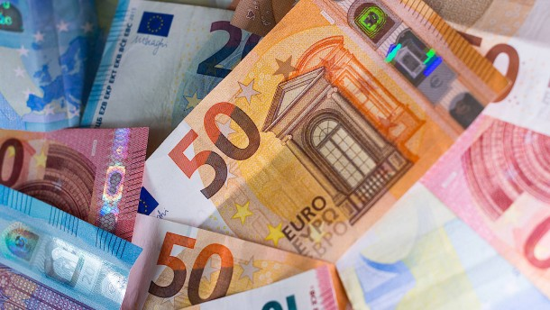 Geschätzt 40 Prozent des Bargelds werden gehortet