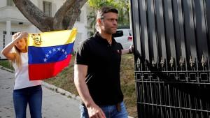 Spanien liefert Venezuelas Oppositionsführer López nicht aus