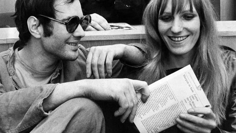 Andreas Baader und Gudrun Ensslin vor der Urteilsverkündung im Brandstifter-Prozess in Frankfurt am Ende Oktober 1968.