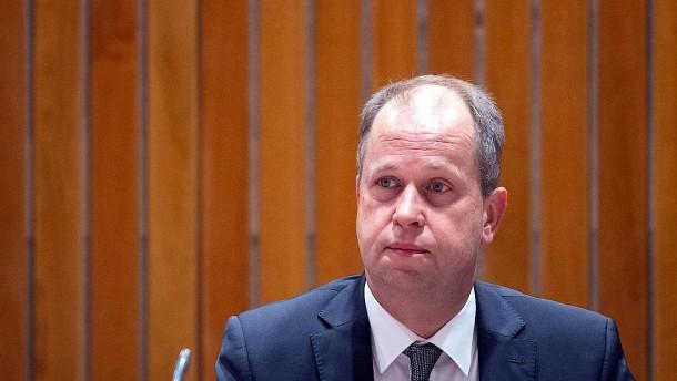 Der Abschiebeminister von NRW