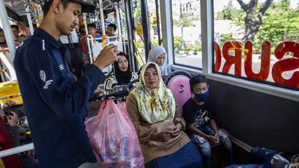 Plastikflaschen gegen Busticket