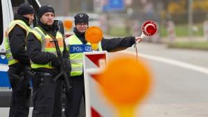 Abgeordnete fordern umgehende Grenzöffnungen