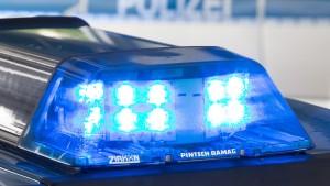 19-Jähriger bei Schlägerei mit Flasche lebensgefährlich verletzt