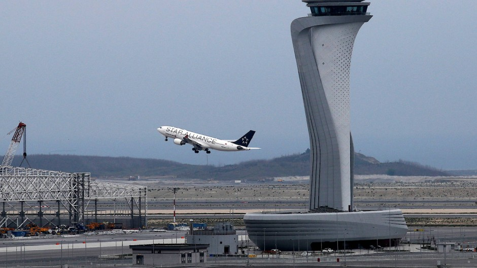 Neuer Mega-Airport eröffnet in Istanbul