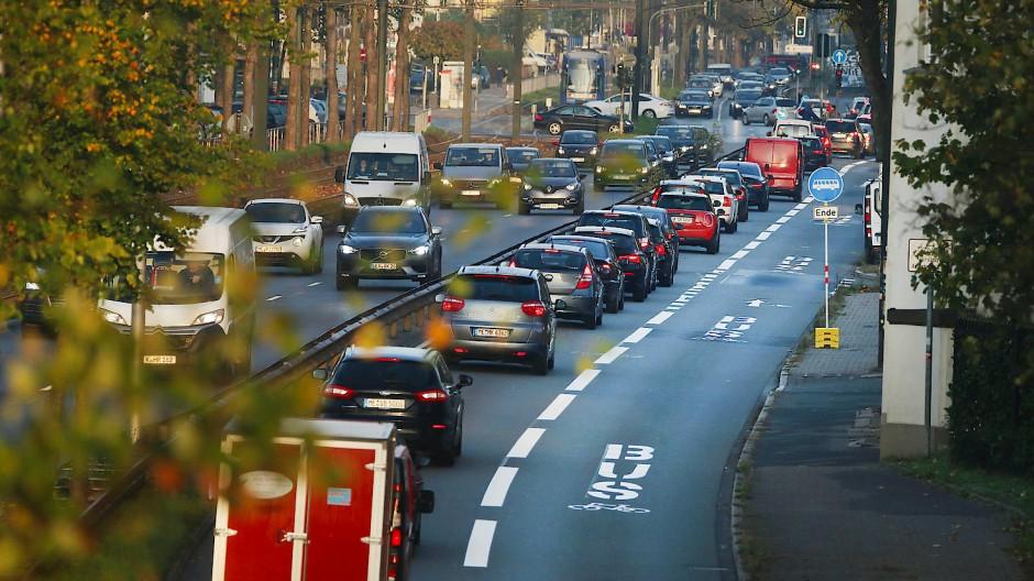 Streitpunkt: Die Umweltspur in Düsseldorf