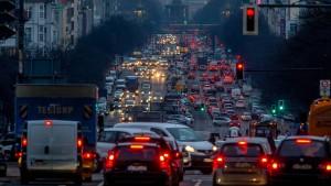 ADAC sieht CO2-Steuer skeptisch