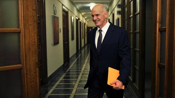 Papandreou wirbt in Athen für Referendumsplan