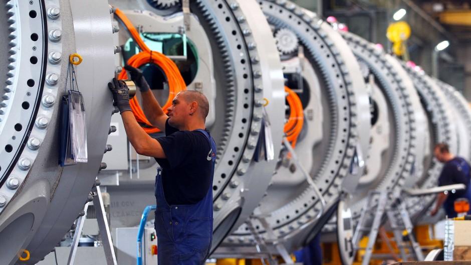 Nach acht Anstiegen in Folge hat sich die Stimmung in der Industrie um Januar wieder verschlechtert.