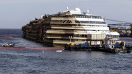 Nach Meldung des italienischen Zivilschutzes haben Taucher die sterblichen Überreste im Wrack des Kreuzfahrtschiffes geborgen.