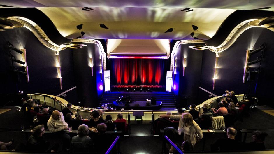 """Die Caligari Filmbühne am 16. Juni mit einer Preview des sechsfachen Oscargewinner-Films """"Nomadland"""" starten. (Symbolbild)"""