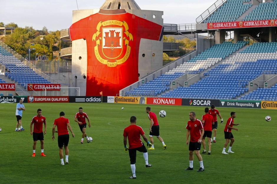Auswärts-Heimspiel: Gibraltar spielt im portugiesischen Faro gegen Polen