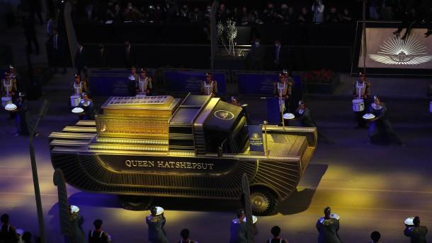 Ägypten transportiert 22 Mumien in feierlicher Prozession durch Kairo