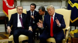 Trumps Lob und Erdogans Tadel