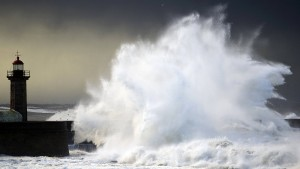 Portugal erwartet den stärksten Sturm seit 170 Jahren