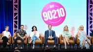 """Das Ensemble von """"Beverly Hills 90210"""" bei einer Veranstaltung des amerikanischen Senders Fox, der das Revival produziert hat."""