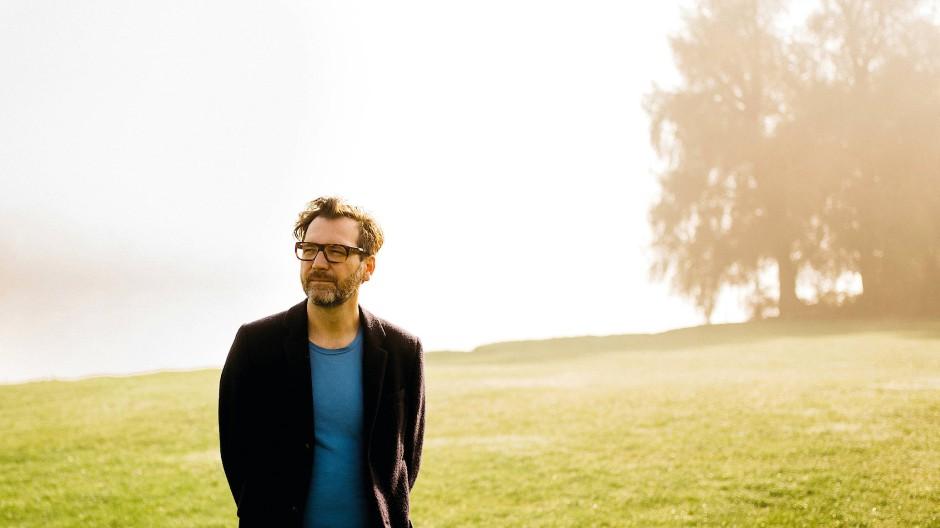 Versteht sich auf süchtig machende literarische Mixturen: der österreichische Schriftsteller und Regisseur David Schalko.