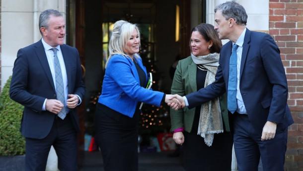 London und Dublin legen Plan für nordirische Regierung vor