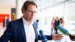 Scheuer versucht Kosten von Pkw-Maut-Aus zu dämpfen