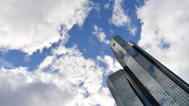 Deutsche Bank koppelt Vorstandsgehälter an Öko-Ziele
