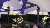 Totengebet für die jüdischen Anschlagsopfer