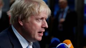 Johnson: Brexit mindestens sechs Monate verschieben