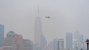 Rauchschwaden ziehen bis nach New York