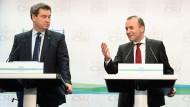 Ministerpräsident ist er schon, zum CSU-Vorsitzenden soll er am Samstag werden: Markus Söder ? hier links neben Manfred Weber ? am Donnerstag in Kloster Banz.