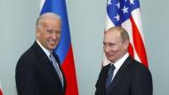 Der damalige amerikanische Vizepräsident Joe Biden und Russlands Präsident Wladimir Putin im Jahr 2011