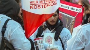 """Islamistische """"Lies!""""-Aktion bleibt verboten"""