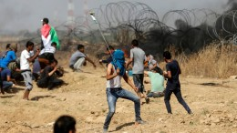 Ein Toter und Hunderte Verletzte bei Unruhen am Gaza-Streifen