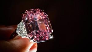 """""""Pink Legacy"""" für rund 50 Millionen Dollar versteigert"""