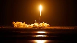 SpaceX bringt erstmals Touristen ins All