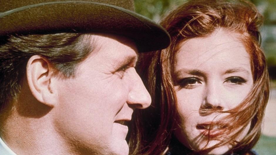 Abenteuer in einer phantastischen Agentenwelt: Emma Peel (Diana Rigg) und John Steed (Patrick Macnee)