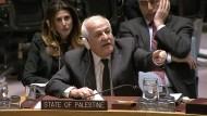 Riyad Mansour aus Palästina liefert sich einen Schlagabtausch mit seinem israelischen Kollegen.