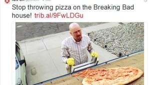 Fans werfen Pizzen auf Walter Whites Haus