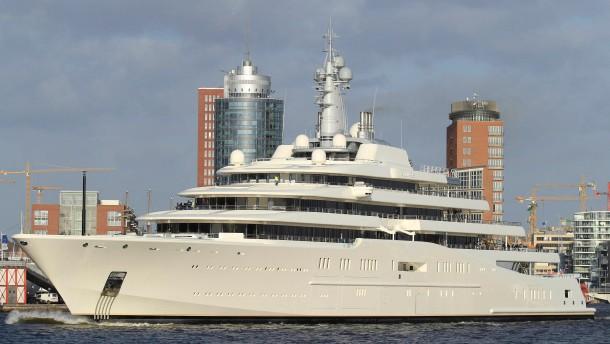"""""""Jeder Milliardär sollte eine Luxusyacht bestellen"""""""