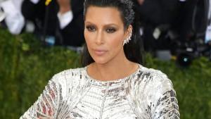 Kim Kardashian verklagt Klatschportal