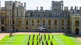 Die Royals müssen sparen und entlassen Mitarbeiter